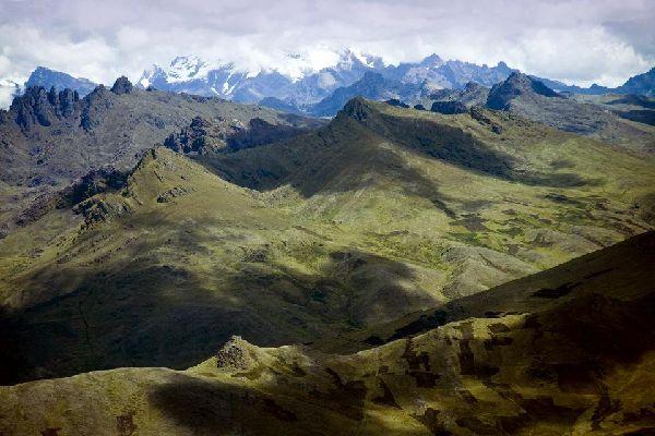 The White cordillera , Peru