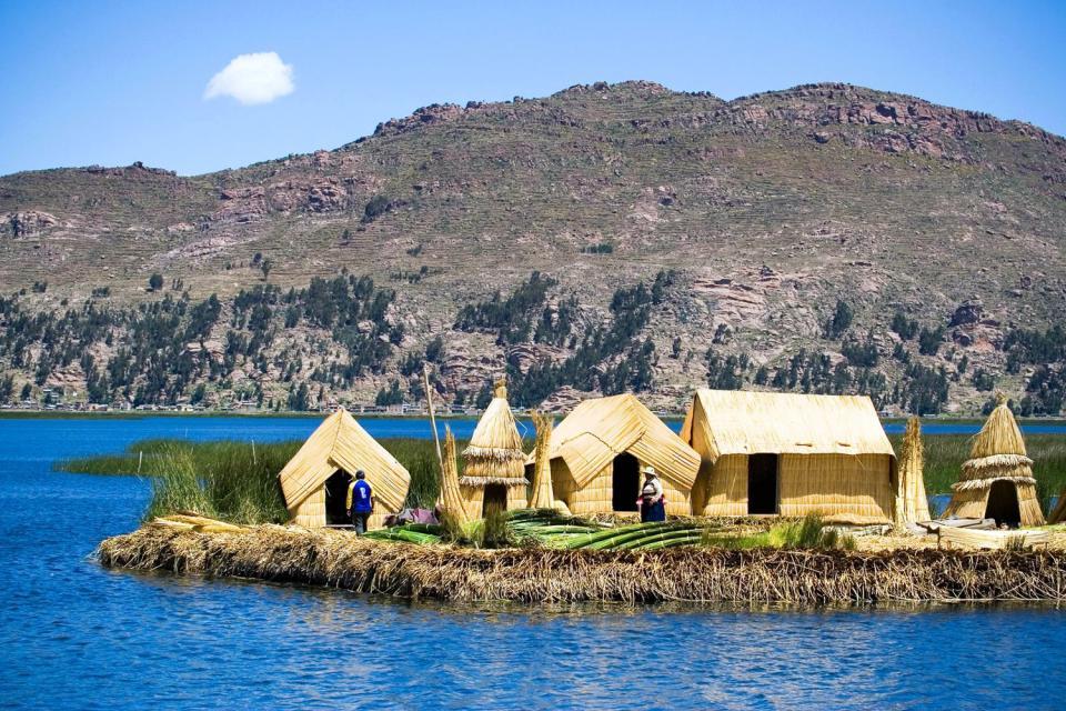 Le lac Titicaca , Rives du Titicaca , Pérou