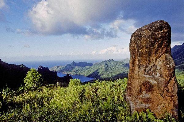 Les vestiges sur Naku Hiva , Polynésie