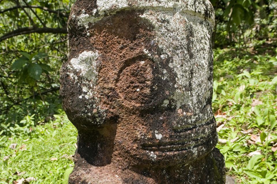 Los maraes de hane en Ua Huka , Polinesia