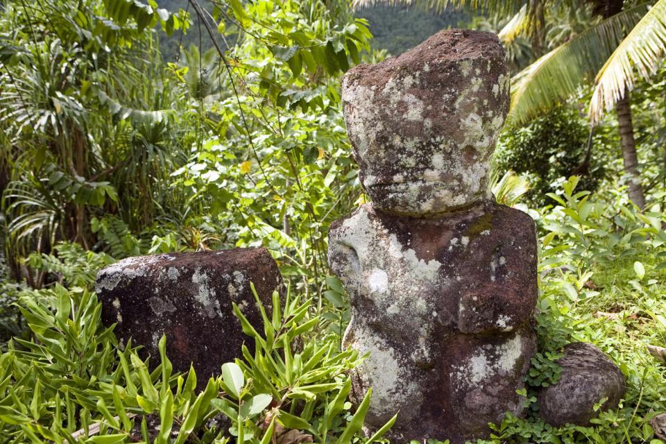 die maraes von hane auf ua huka marquesas polynesien. Black Bedroom Furniture Sets. Home Design Ideas