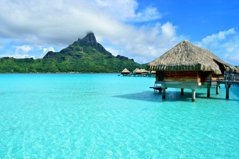 Bora Bora , Los montes Otemanu y Pahia , Polinesia