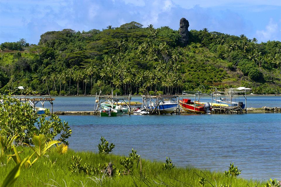 I marae di Bora Bora , Polinesia francese