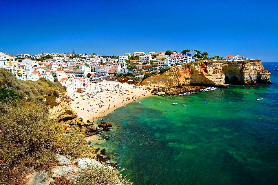 La costa dell'Algarve , Portogallo