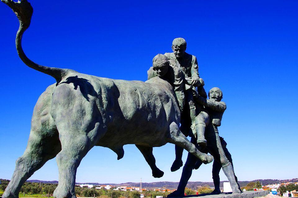 Der portugiesische Stierkampf , Tourada , Portugal