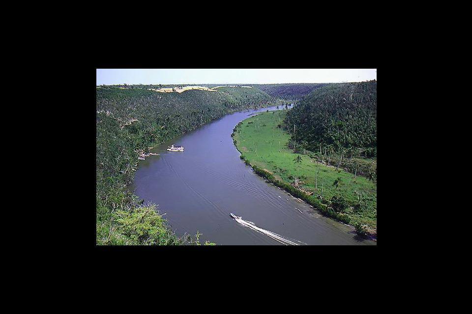 Les fleuves , Vue panoramique sur le fleuve , République dominicaine