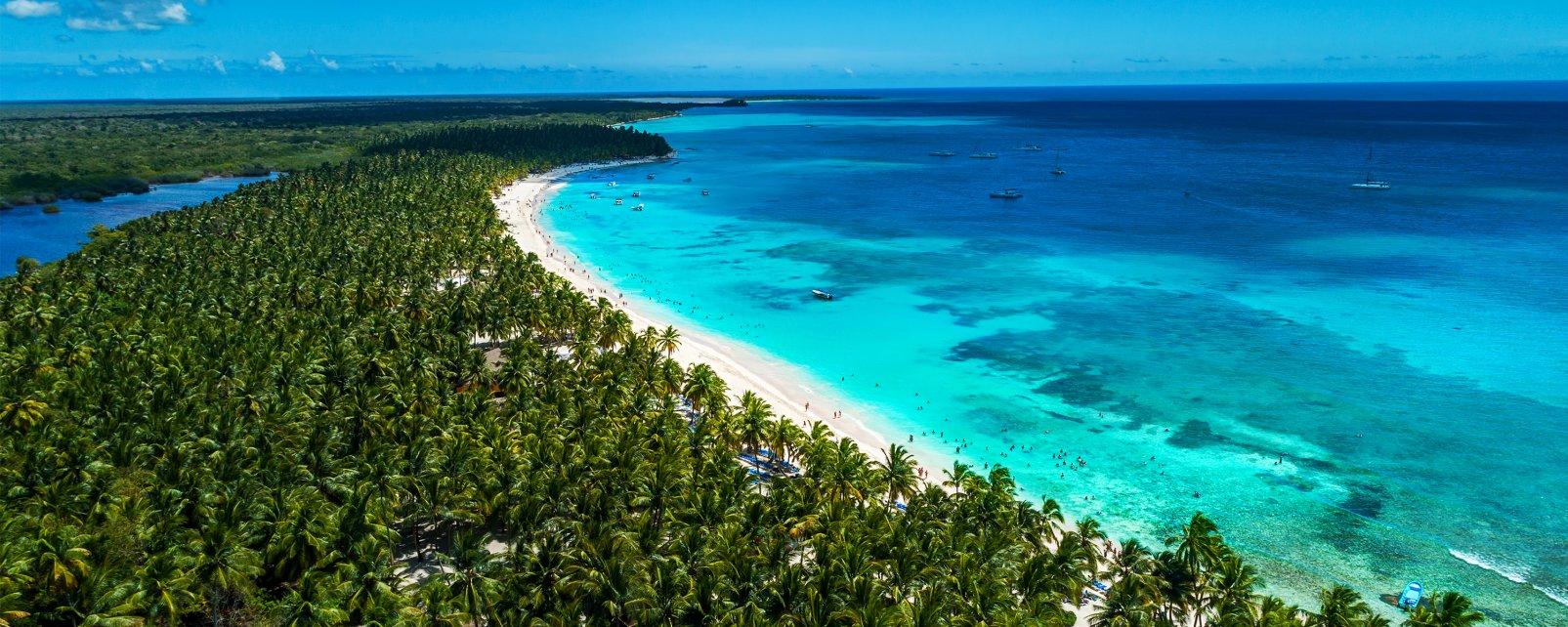 Una auténtica foto de postal..., La costa del Caribe y de los cocoteros, Las costas, Bayahibe, República Dominicana