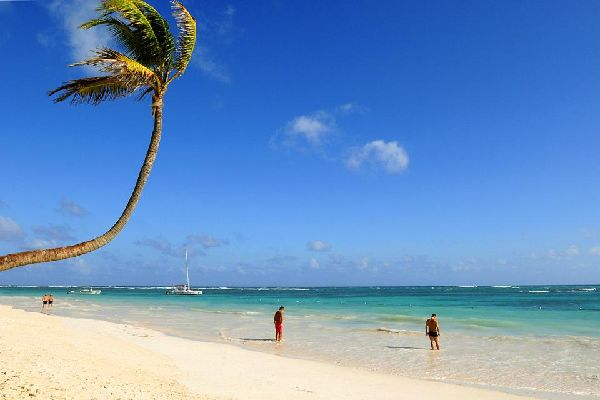 Costa Verde , A picture postcard setting , Dominican Republic