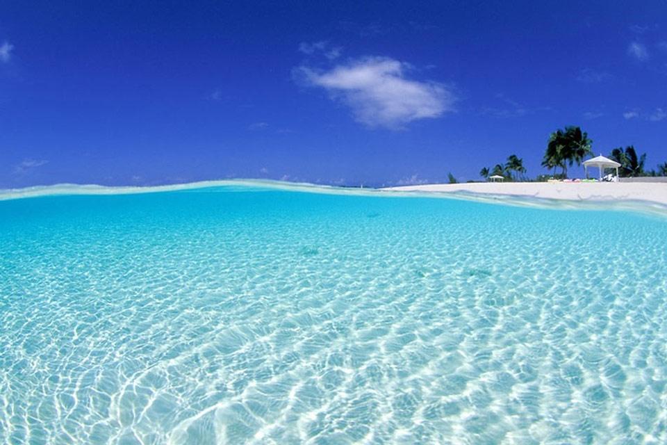 Long Island , Le città di Long Island , Bahamas