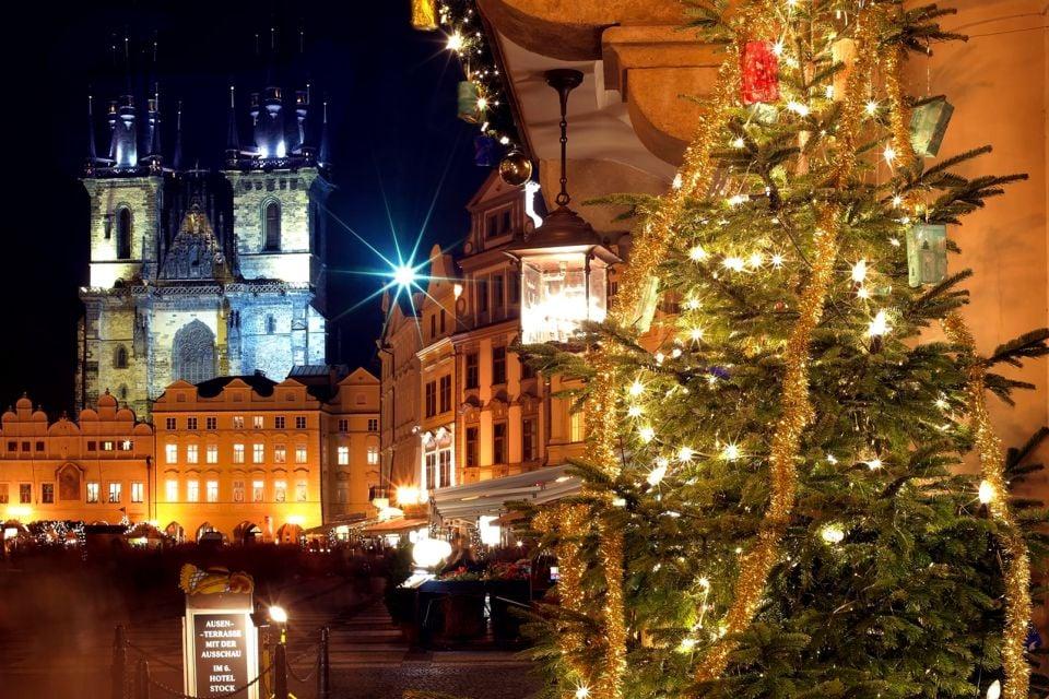 Les arts et la culture, Noël, Tchéquie, République tchèque, Prague, Bohème, tradition, église, notre-dame du tyn, tyn, arbre, Staromestska, vieille ville