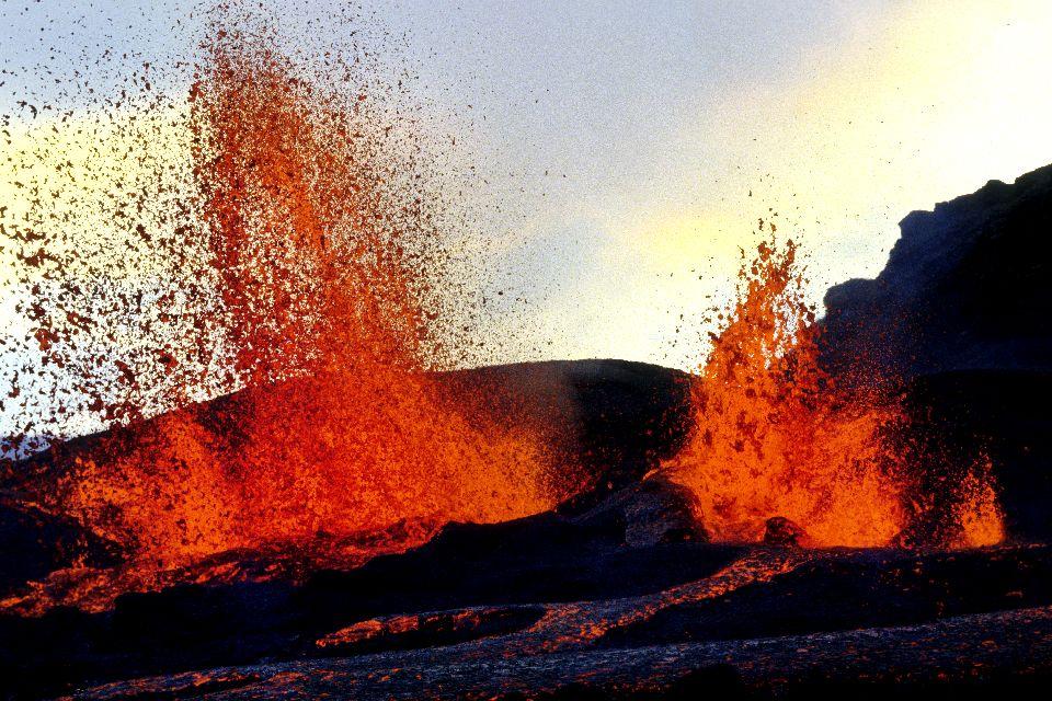 Der Vulkan Piton de la Fournaise , Ausbruch des Piton de la Fournaise , Réunion