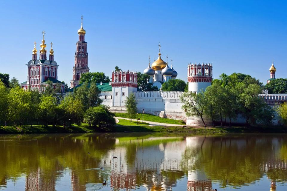 Les monast res moscou et le centre de la russie russie for Interieur d un couvent streaming