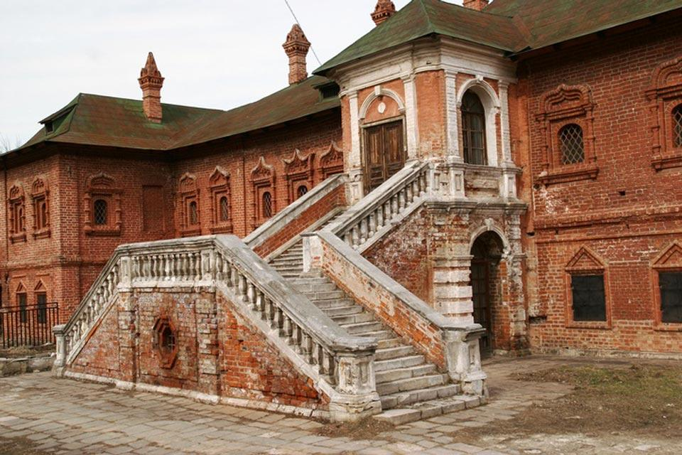 Monasteries , A popular place for marriages. , Russia