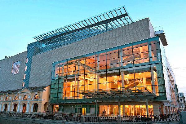 Las óperas y los teatros de ballet , Rusia