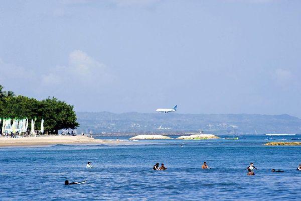Kuta et la côte Ouest , L'aéroport international de Bali , Indonésie