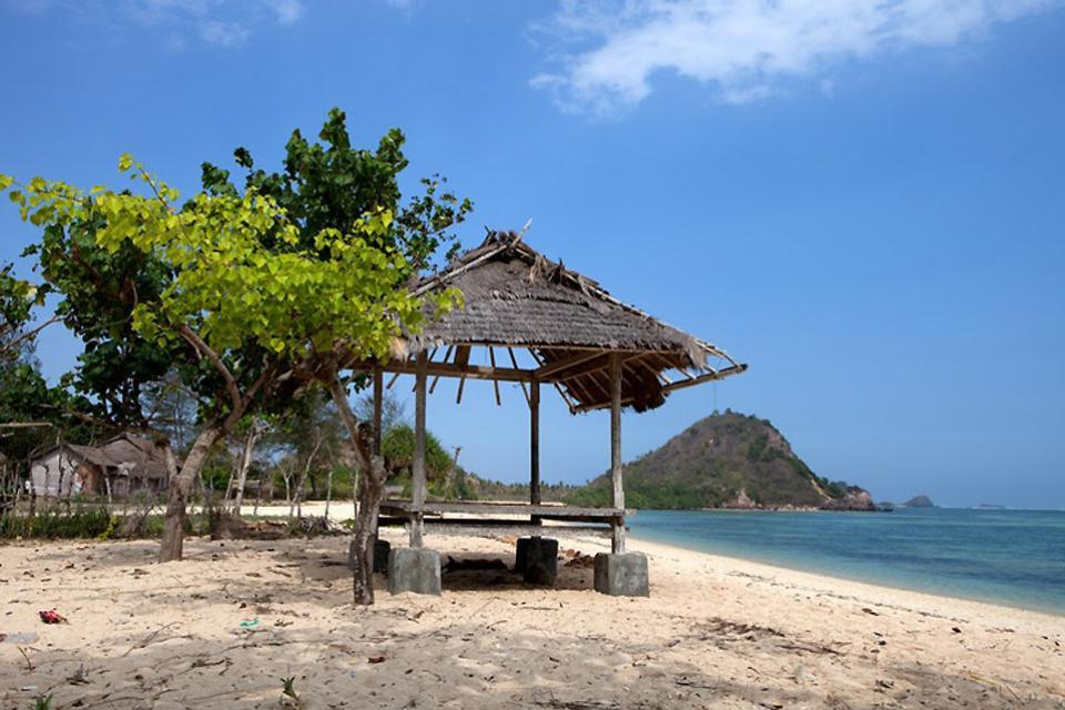 The beaches , Peace and quiet in Bali , Indonesia