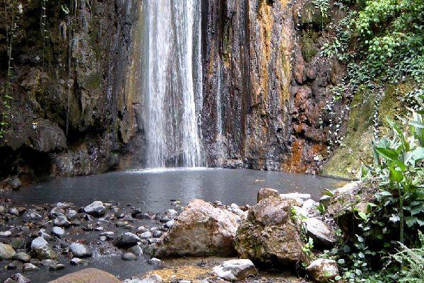 Les Sulphur Springs et Diamond Falls , Sainte-Lucie