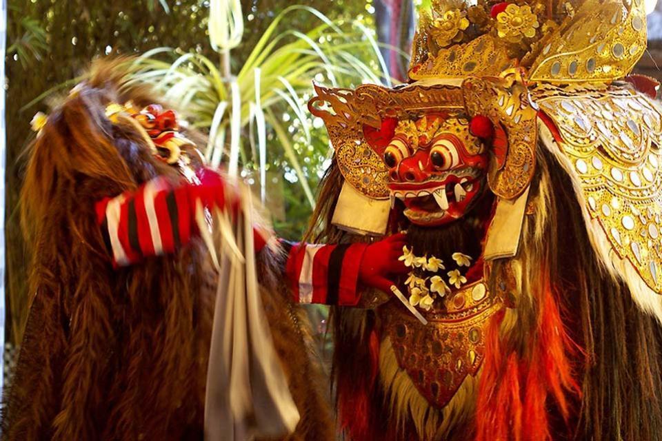 Gli spettacoli , Danze in maschera , Indonesia