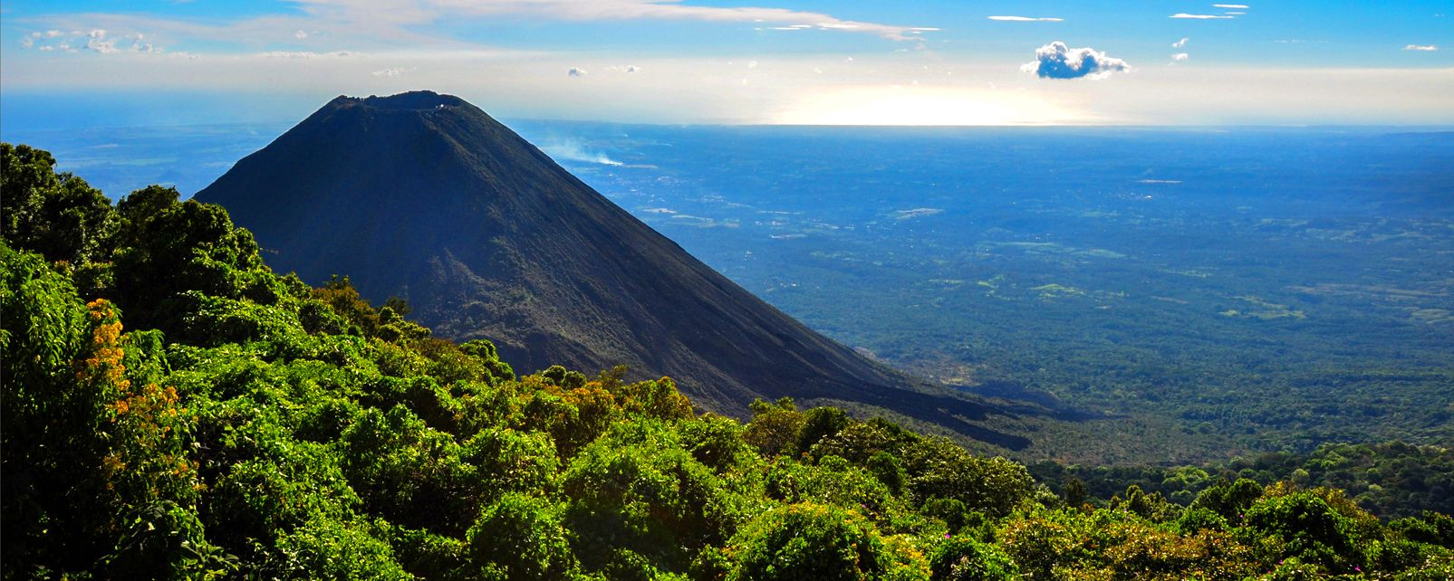 Le Parc national Cerro Verde , Salvador