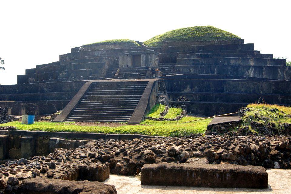Las ruinas de Tazumal , El Salvador