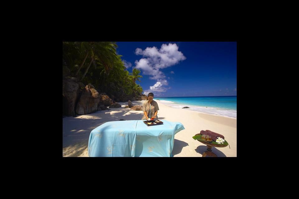 Frégate , Masaje en la playa , Las Seychelles