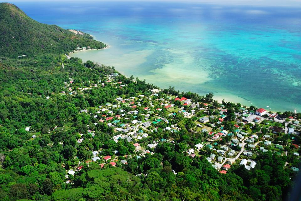 Praslin , La segunda isla de las Seychelles , Las Seychelles