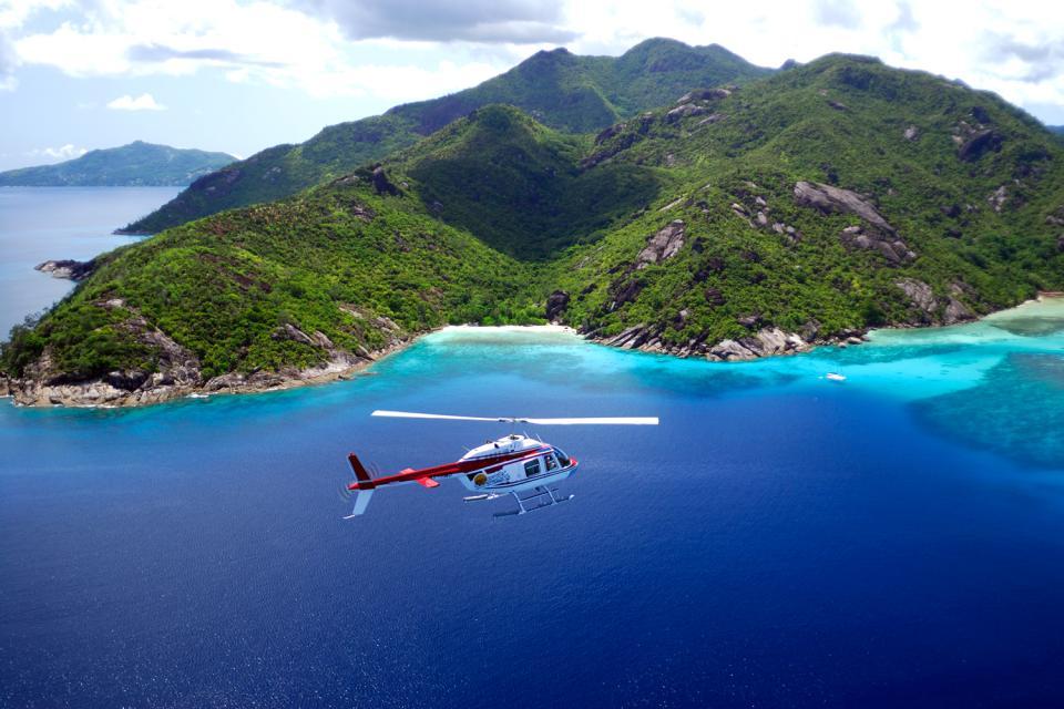 Praslin , L'insenatura Lazio , Un covo di pirati , Seychelles