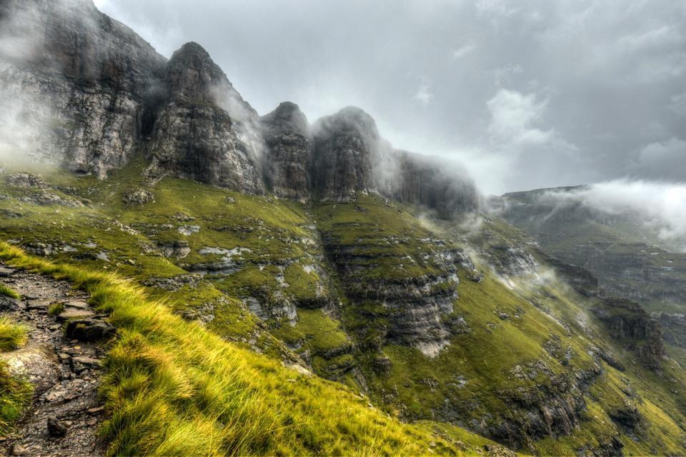 Il Free State , Drakensberg: confine tra Lesotho e Natal , Sudafrica