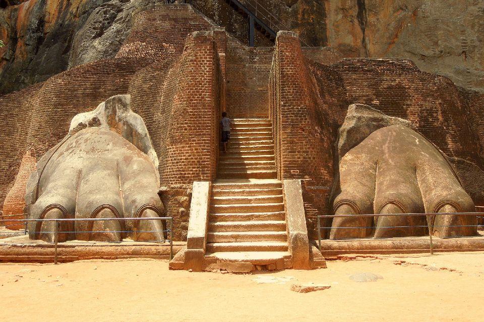 Le roc de Sigiriya , Les ruines de Sigirya , Sri Lanka