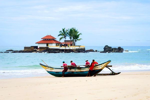 The West Coast , The western coast of Sri Lanka , Sri Lanka