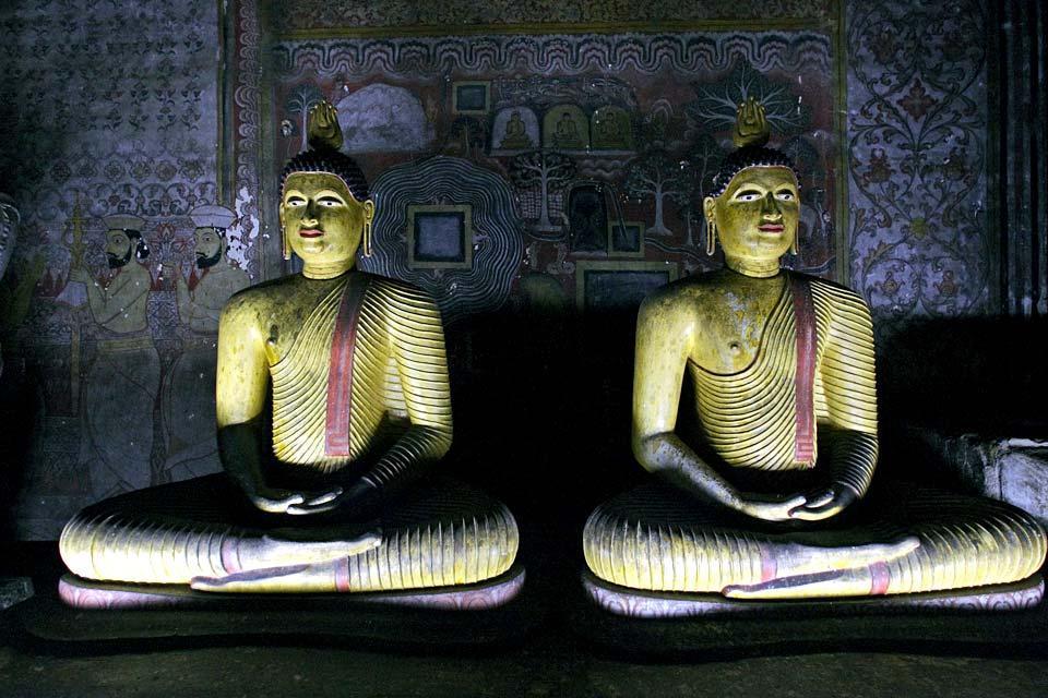 Sculpture , Inside the Dambulla Temple , Sri Lanka