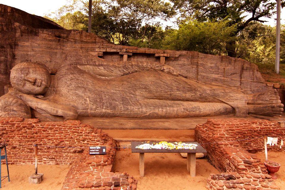Le site de Polonnaruwa , Le Gal Vihara , Sri Lanka