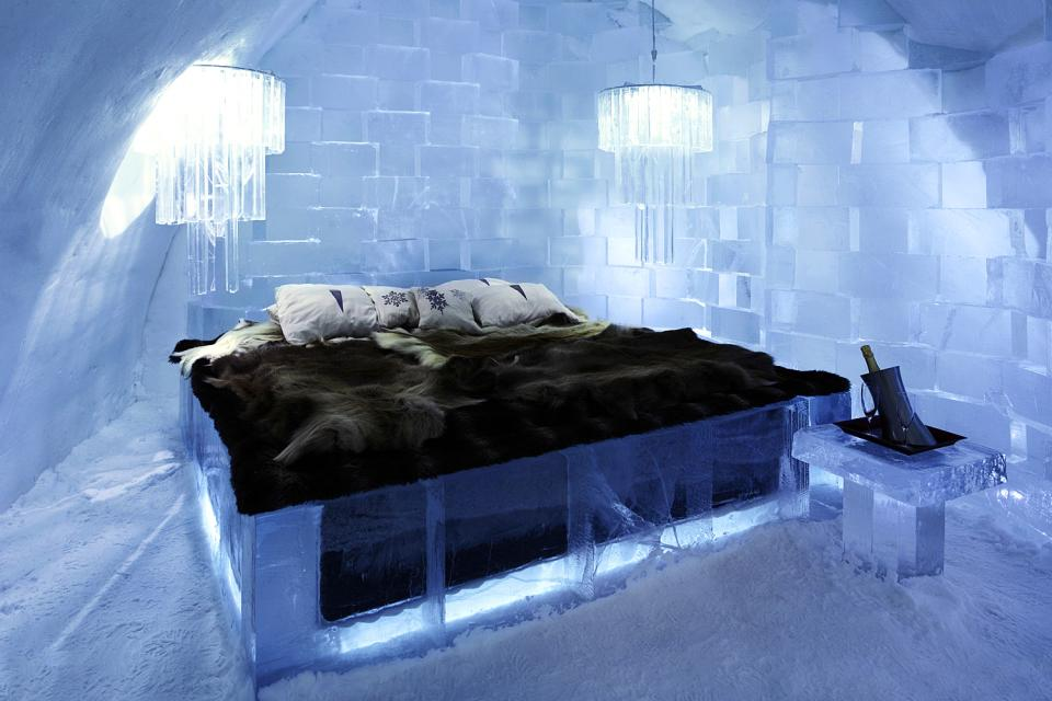 l 39 h tel de glace su de. Black Bedroom Furniture Sets. Home Design Ideas