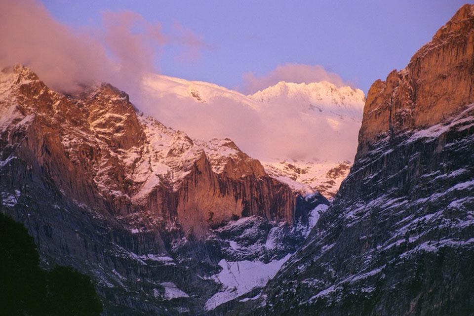 L'Oberland bernese e lo Schweizer Mittelland , Una terra montuosa , Svizzera
