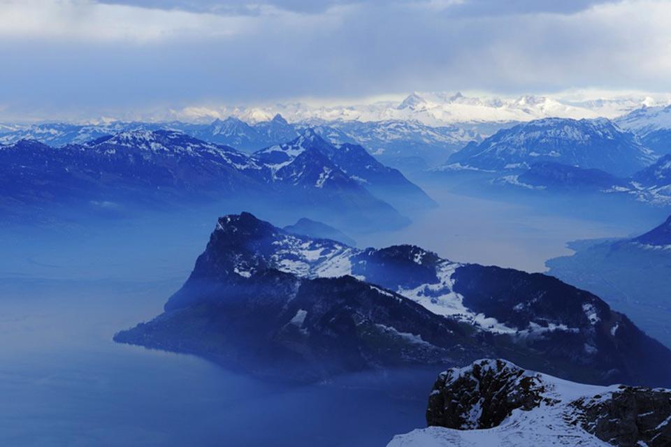 La regione del lago dei Quattro Cantoni , Una magnifica cornice , Svizzera