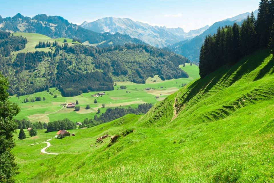 Le canton de Fribourg , Les préalpes , Suisse