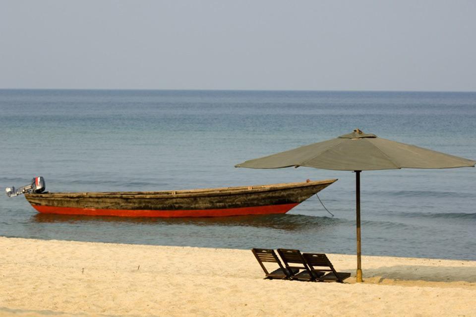 Les paysages du Sud , Une plage sur le lac Tanganyika , Tanzanie