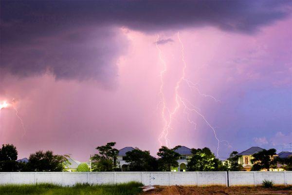 Una tormenta en Khon Kaen, La meseta de Isaan, Los paisajes, Tailandia