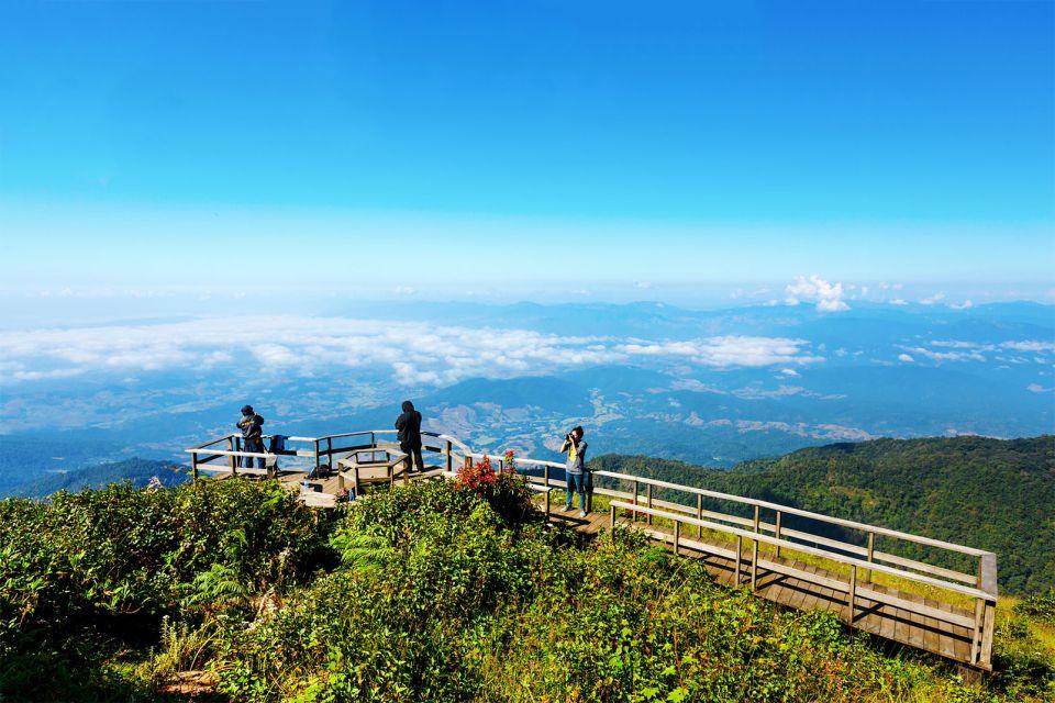 La localidad de Ban Ruam Thai, Las montañas, Los paisajes, Tailandia