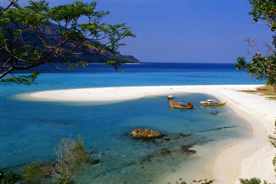 The islands in the Andaman sea , Koh Lanta , Thailand