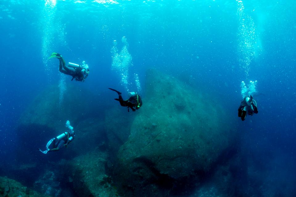 Similan and Surin marine parks , Diving sites off the Surin Islands , Thailand