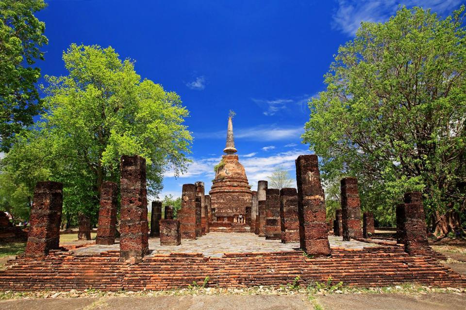 Sukhothai , Les ruines de Wat Chang Lom , Thaïlande