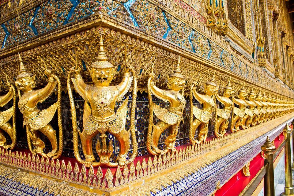 Les temples du Siam , Les ornements des temples thaïlandais , Thaïlande