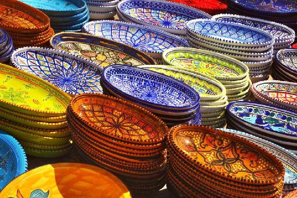 La poterie berbère , La potière berbère , Tunisie