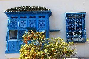 Le grate in ferro battuto , Una cancellata in ferro battuto , Tunisia
