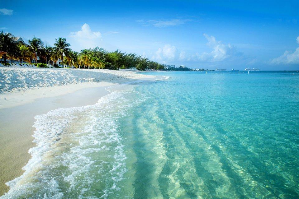 Plage de Grand Turk et Salt Cay, Grand Turk et Salt Cay, Les côtes, Turks et Caicos