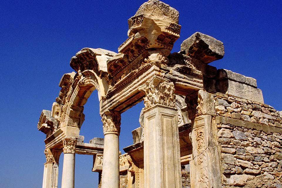 Ephèse et les sites archéologiques de l'Egée , Encore debout , Turquie