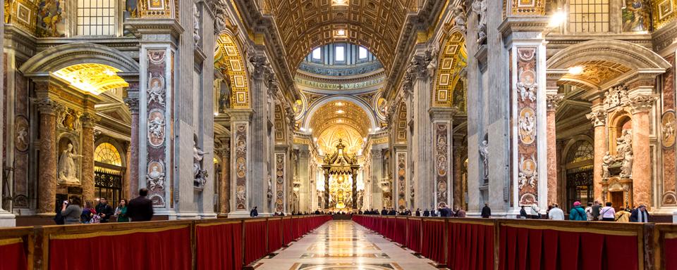 La basilica di san pietro vaticano for Interno san pietro