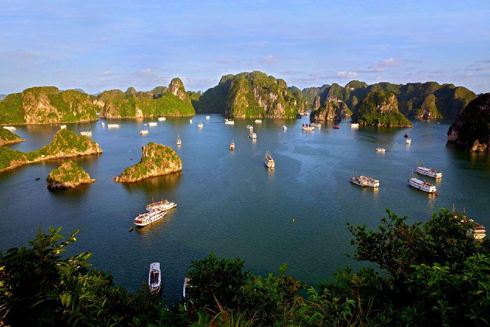 La bahía de Along , Vietnam