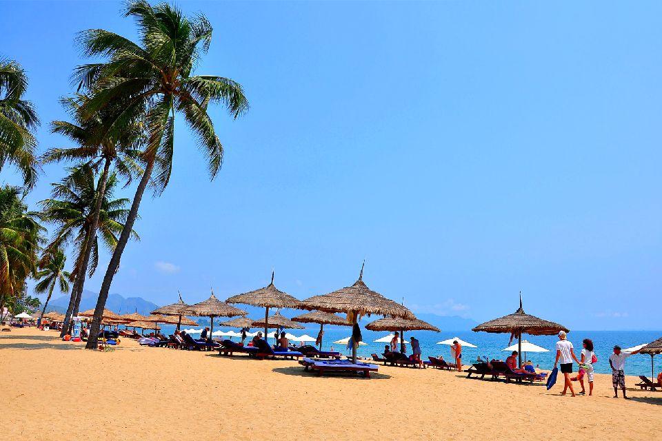 Las poblaciones turísticas del litoral , Instalaciones en desarrollo , Vietnam